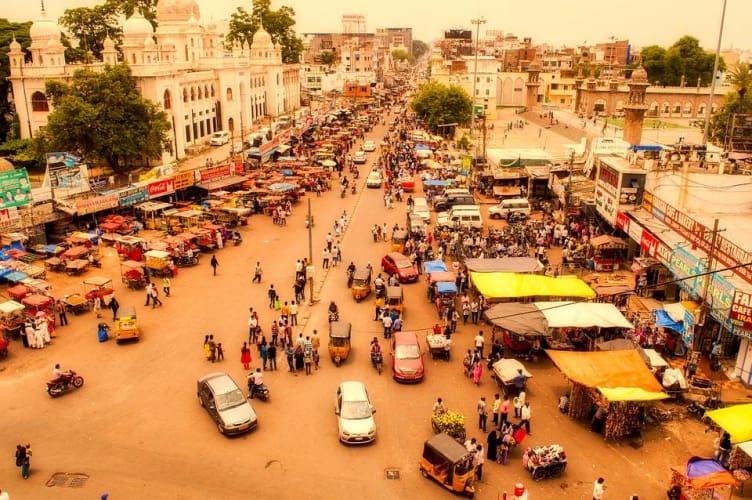 Discover Hyderabad - Touch of History With Urban Color