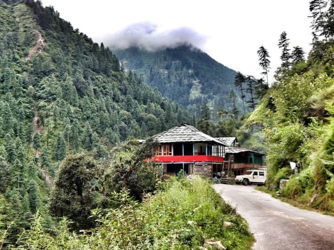 Experience Jibhi - A scenic Remote Hideout in the Tirthan valley