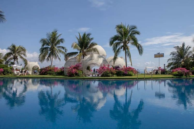 Ocean Sonic Resort; 6 Days China Holiday Package