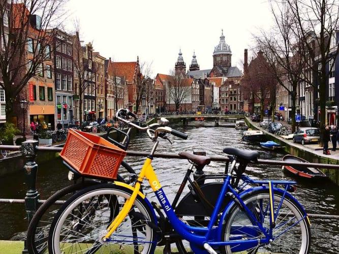 Incredible European Gems - Paris & Amsterdam