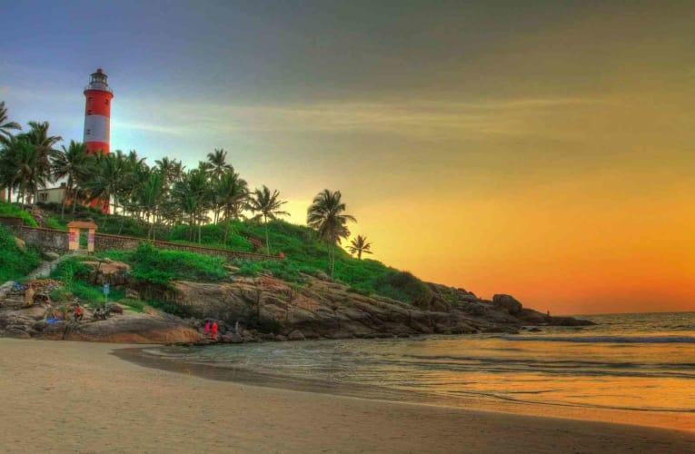 Misty Tea Gardens of Kerala; 6 Days Package