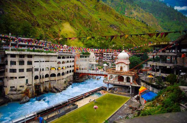 Manali Weekend Holiday with Volvo from Delhi