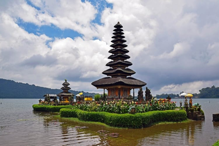 Astonishing Bali with Luxury Resort