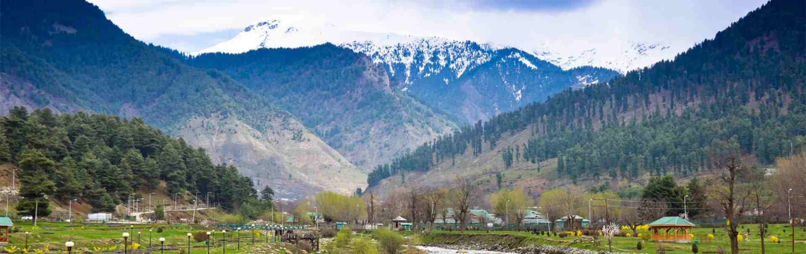 Perfect Vacation Stop in Manali - Volvo from Delhi