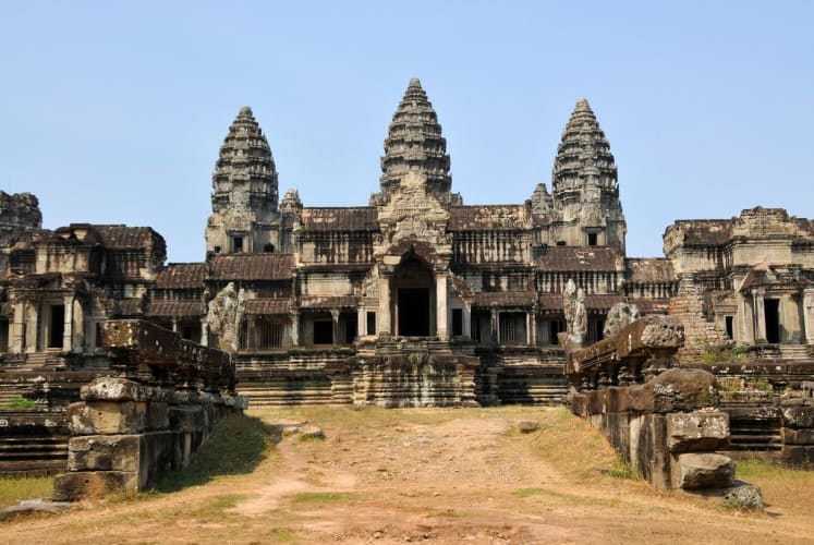 Cambodia on a shoestring - a 9 Night holiday