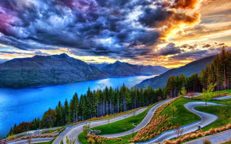 Discover the beauty of Nainital - Travel from Delhi