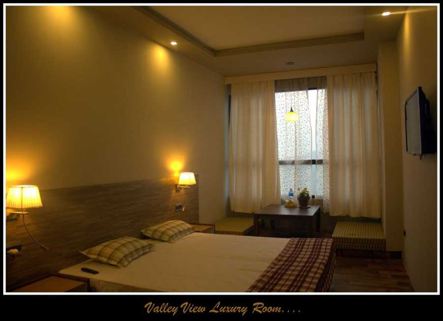 valley_view_room_2