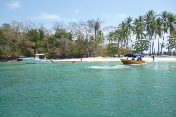 Day tour a Isla Gamez y las Islas Paridas