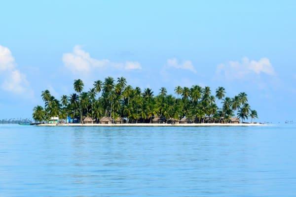 2 días / 1 noche en Isla Naranjo Chico San Blas (Cabaña con baño privado)