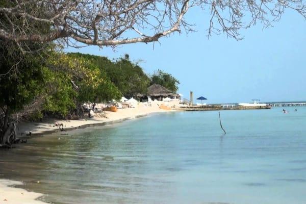 Tour a Islas del Rosario - Isla Encanto