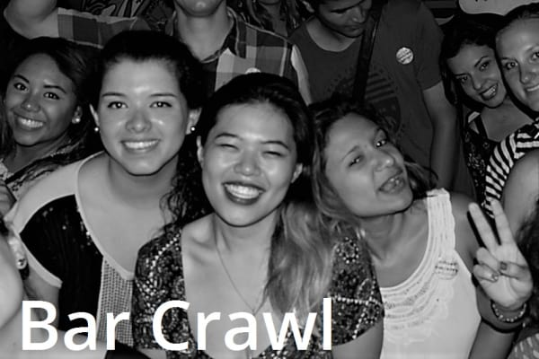 Panama Bar Crawl casco antiguo con guia, bebidas y limusina