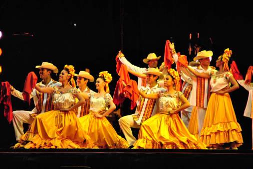 Disfruta del Ballet Folklorico Amalia Hernandez en Ciudad de México