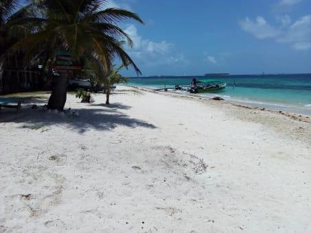 Cabaña Casso isla Sichirtupo dos días y una noche
