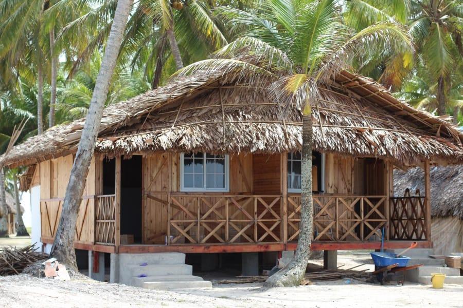 2 dias y 1 noche en Isla Aguja San Blas (Cabaña con baño privado)