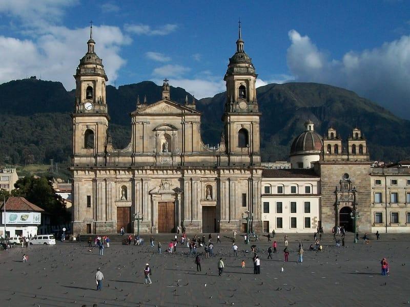 Conoce Bogota durante tu Escala en El Dorado