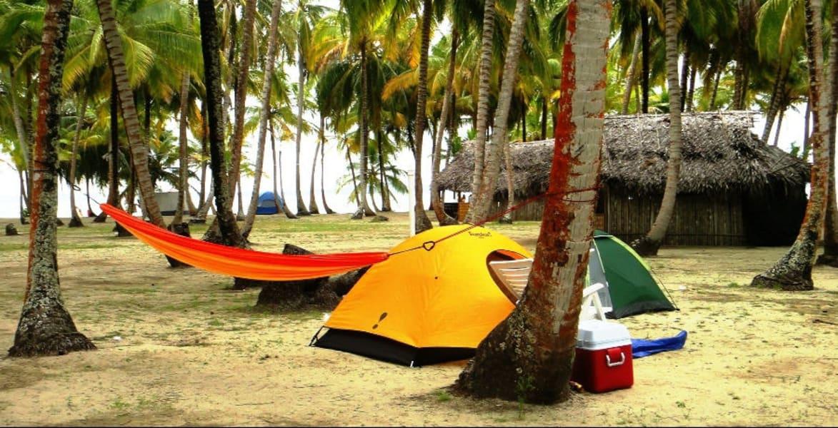 Acampa en San Blas - Isla Franklin