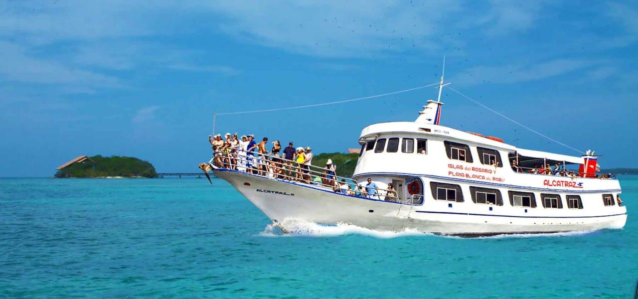 Tour de Pasadia a las islas del Rosario y Playa Blanca en Yate
