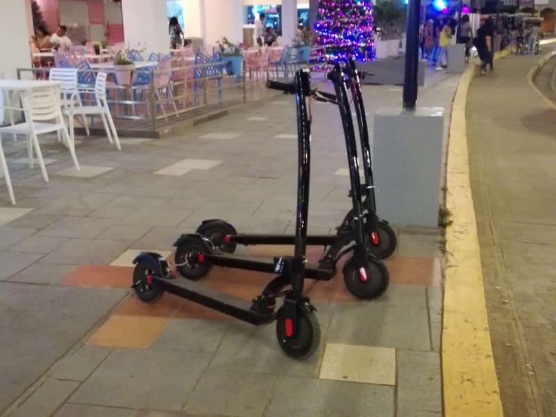 Paseo de Scooter eléctrico (60 minutos)