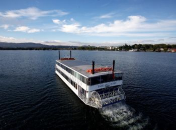 Lakeland Queen Scenic Lake Cruise