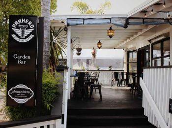 Abracadabra Cafe & Bar