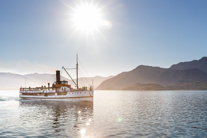 Cruise Lake Wakatipu on a Steamship