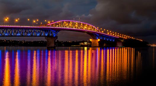 Vector Lights on Auckland Harbour Bridge
