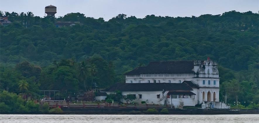 Nossa Senhora de Penha de Franca - Best Church in Goa