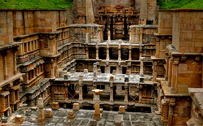 Patan Rani KI Vav - Monuments of India