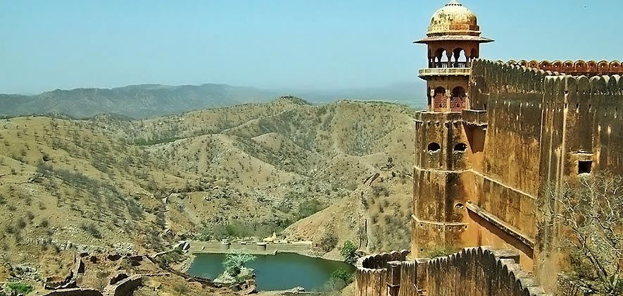 Forts in Jaipur - Jaigarh Fort