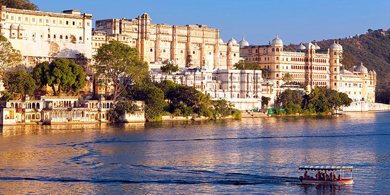 Best honeymoon places in India - Udaipur, Rajasthan