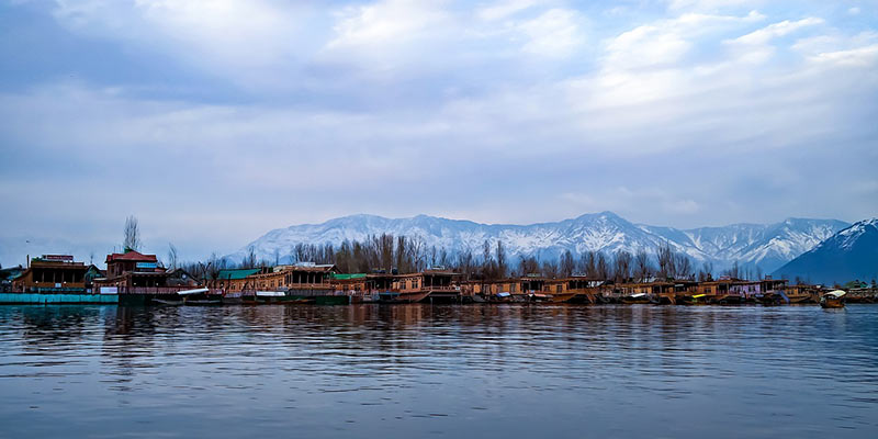 Best Honeymoon Places in India - Srinagar, Jammu & Kashmir