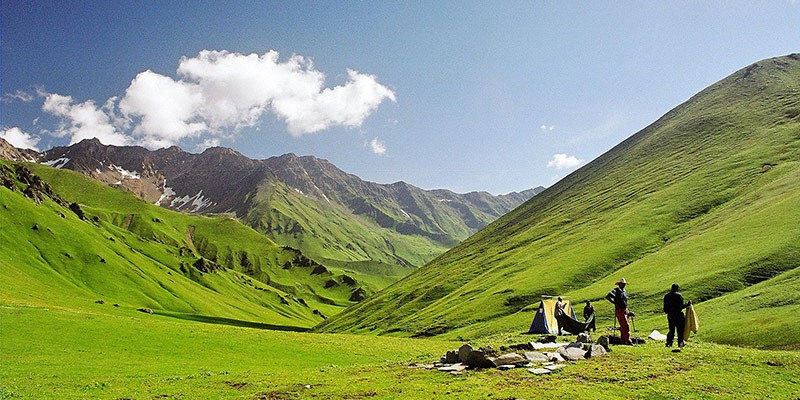 Dayara Bugyal Trek - Best Treks in the Himalayas