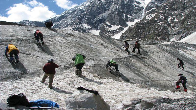 "Mountain-climbing-himachal"""