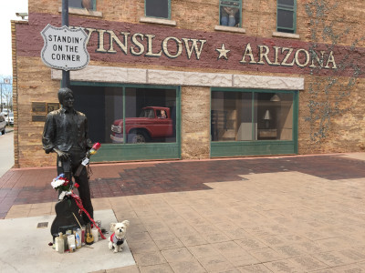 Travel blog image for April 8, 2016 in Winslow, AZ