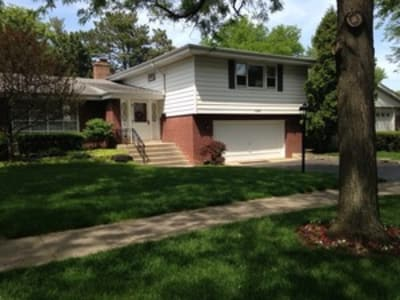 4 Bed/3 Bath, Single Family Home, Park Ridge, Il. 60068        SOLD 08/2016