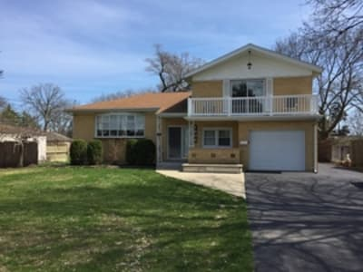 4 Bed/3 Bath Single Family Home Des Plaines