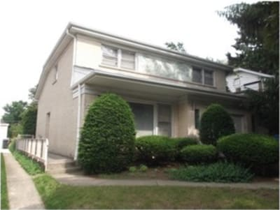 2 Bed/2 Bath. Single Family House, Chicago, Il. 60656                                                              SOLD 01/2016