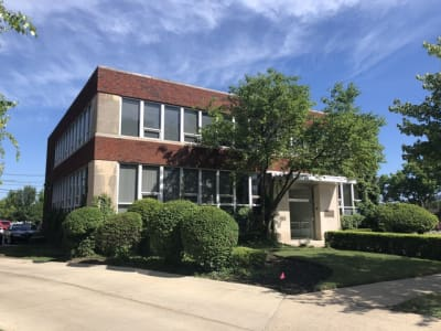 Unique Office Space in The heart of Uptown Park Ridge