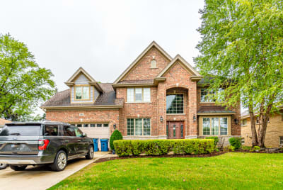 Luxury 5 Bedroom 4 Bath Brick Home for Lease