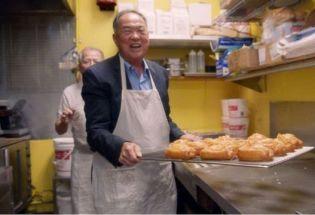 """美国加州""""甜甜圈王"""":从柬埔寨难民到富豪 几度浮沉的传奇人生"""