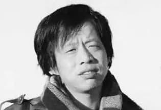 王小波 :有些时期,每天都是愚人节