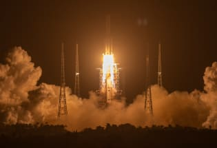 中俄将合建月球科研站,开启太空竞争新时代