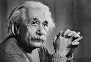 一个无法复制的神话 ——爱因斯坦诞辰纪念