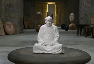"""""""西天懂佛特朗普""""雕塑:中国对特朗普的文化痴迷"""