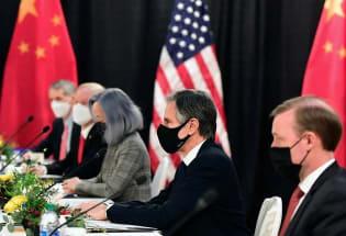 """路透:""""艰难的""""阿拉斯加会谈 展现中美间深刻的紧张关系"""