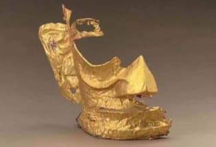 中国三星堆遗址出土黄金面具引发关注热潮 网友创作现代表情包