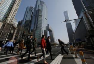 路透专访:不能将小康狭隘理解为GDP翻番 中国适度下调增速目标更理性