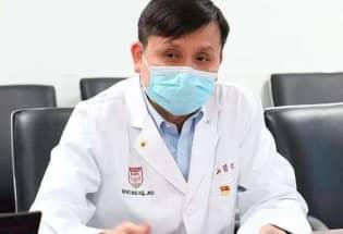 张文宏医生:嘲笑别国疫情蔓延,猛夸自己国家棒,是对灾难和逝者的亵渎