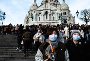 污名、阴谋论、中国模式:巴黎中外青年的疫中争论