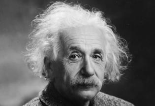 爱因斯坦的广义相对论也许不是唯一解释